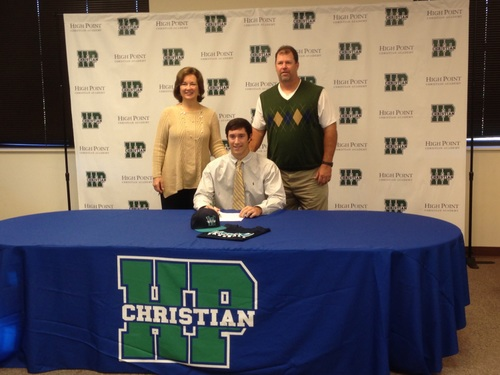 Post 87 HiTom Signs with UNCW